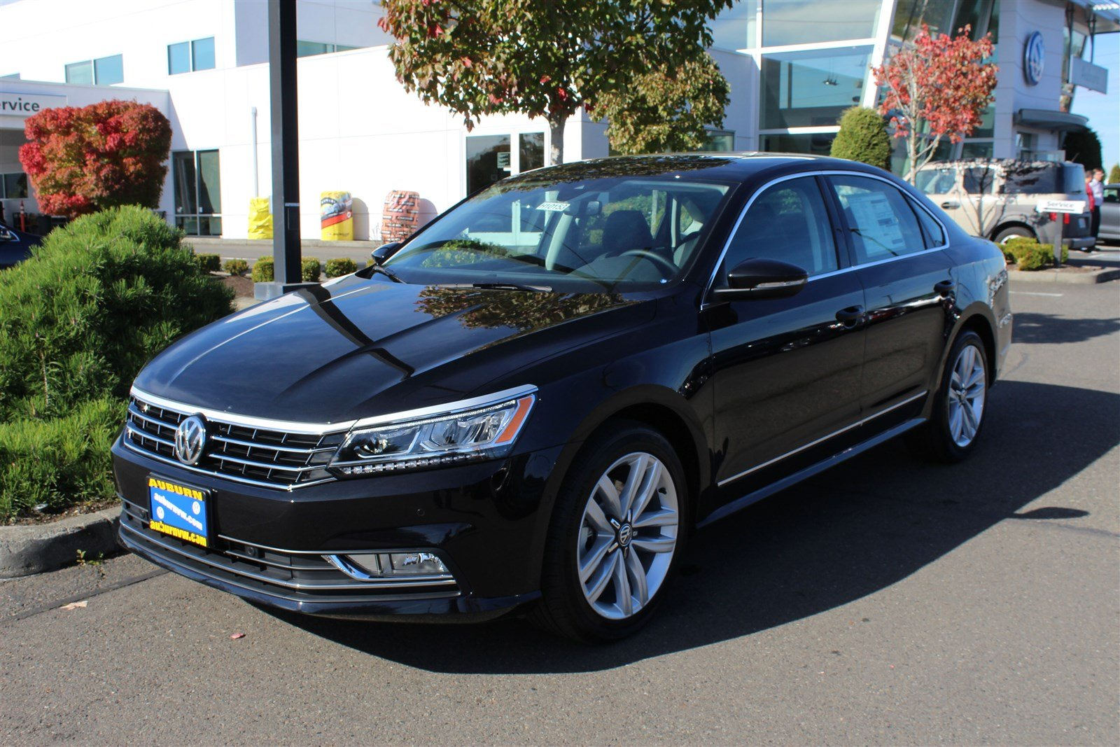 new 2017 volkswagen passat 1 8t sel premium 4dr car in auburn h10153 auburn volkswagen. Black Bedroom Furniture Sets. Home Design Ideas